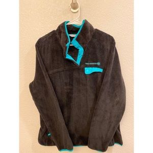 Black and Turquoise Free Country Pullover